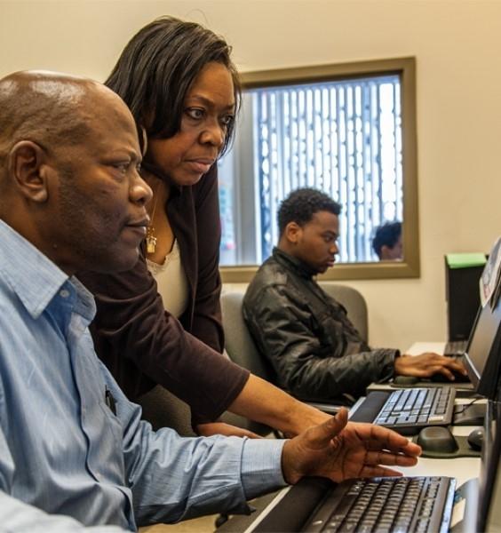 Woodlawn Resource Center computer lab